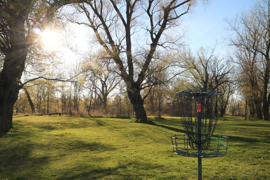 Disc golf course on Toronto Islands