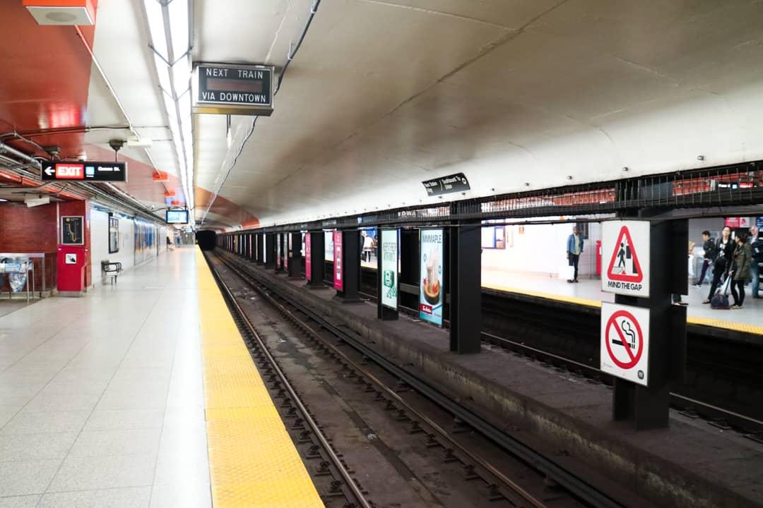 Toronto TTC Subway Streetcar-23