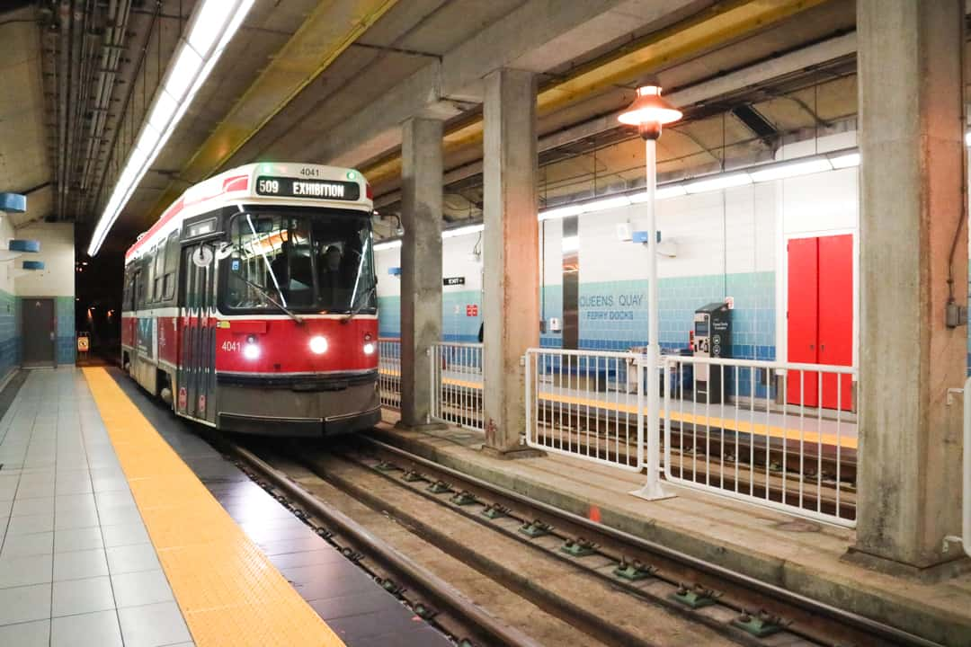 How To Get Around Toronto With Subway Amp Streetcars For