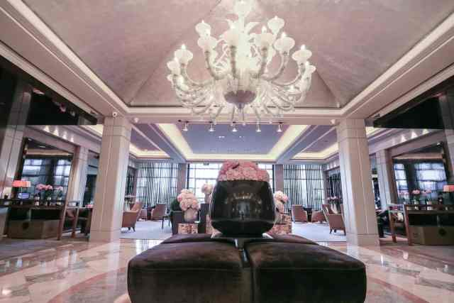 luxury romantic escape at hotel arts barcelona for two please. Black Bedroom Furniture Sets. Home Design Ideas
