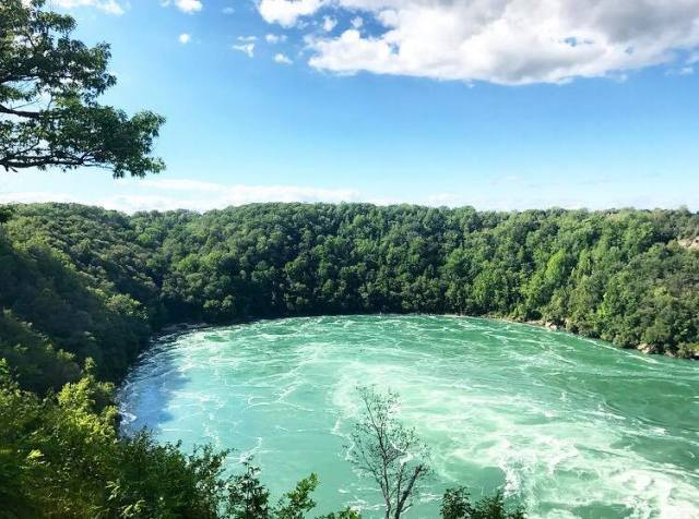 10 best ways to experience niagara falls in the summer for two please best things to do ways to experience niagara falls summer solutioingenieria Choice Image