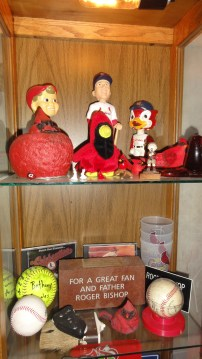 Before leaving Lindsborg, we visited Aunt Gem's beautiful home. Here are a few of her St. Louis Cardinals treasures, including a replica of Uncle Roger's brick.