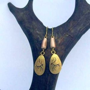caribou-earrings-with-mammoth-ivory2