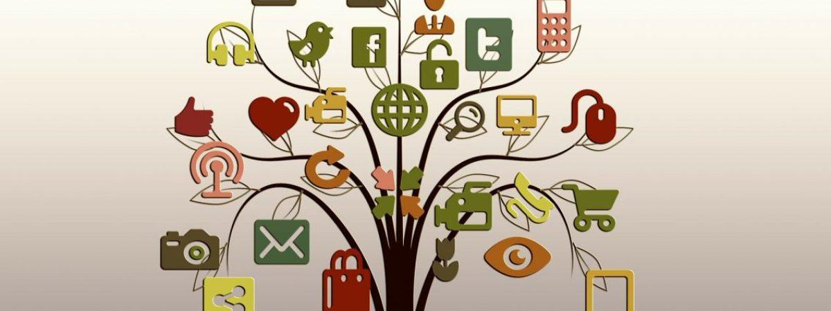 Digitale Werkzeuge auf einem Baum