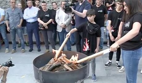 L'arribada de la flama del Canigó a Andorra la Vella