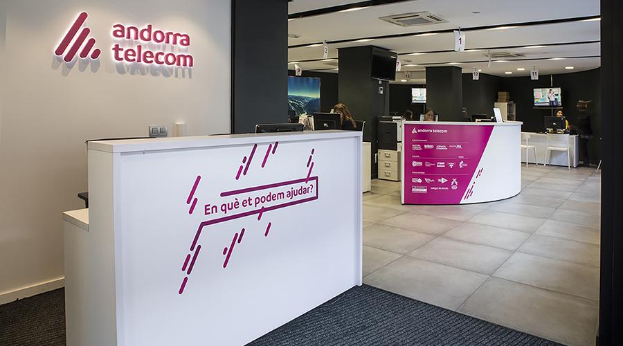 Recepció de l'oficina comercial d'Andorra Telecom.