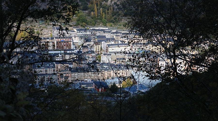 Vista d'Andorra la Vella des de la Comella