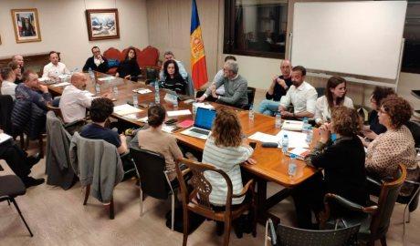 Membres del Govern i alts càrrecs reunits per tractar l'emergència del coronavirus