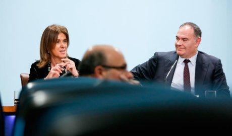 Ester Vilarrubla i Carlos Giménez, del Grupo Planeta, al presentar la Universitat Carlemany