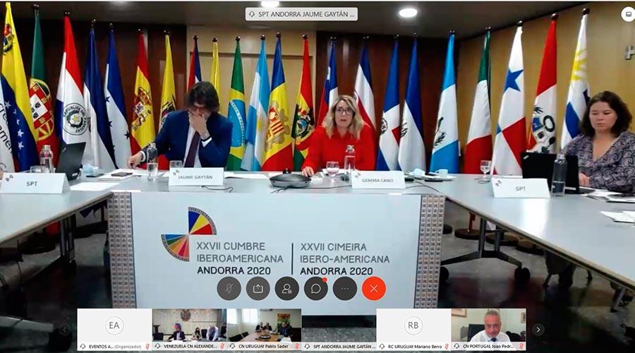 Jaume Gaytán y Gemma Cano en una reunió de la Cimera Iberoamericana