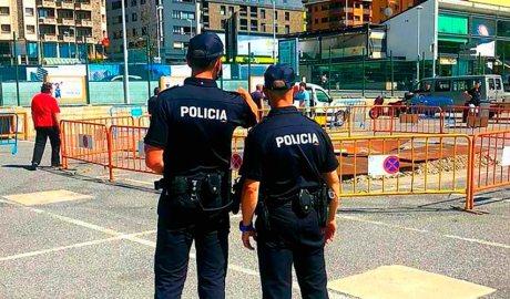 Dos agents a Escaldes