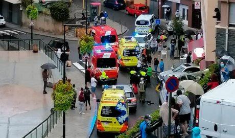 Serveis d'emergències en un accident a Ciutat de Valls