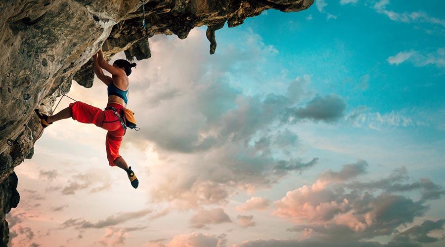 Una noia escalant