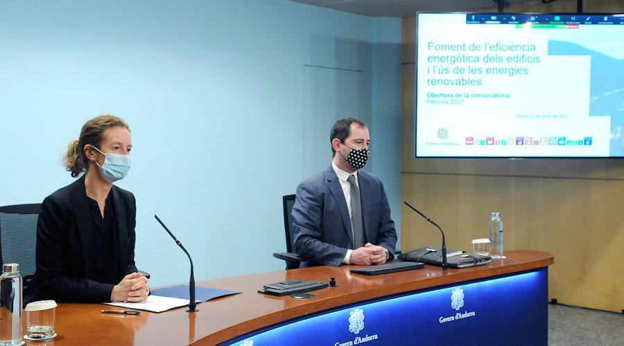 Sílvia Calvó i Carles Miquel presenten el programa Renova 2021