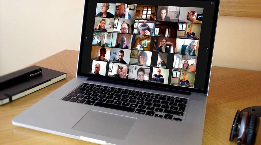 Una pantalla d'ordinador mostrant una reunió de representants del món local del Pirineu