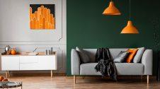 Una paret d'una sala pintada d'un color diferent de la resta