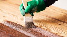Envernissat de fusta de pi