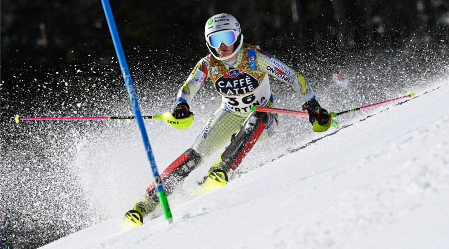 Mireia Gutiérrez competint als Campionats del Món d'Esquí Alpí 2021