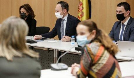 Canals, Espot i Gallardo en una reunió al Centre de Congressos d'Andorra la Vella