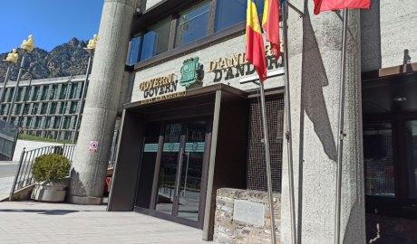L'edifici administratiu del Govern amb la seu del Consell General al fons