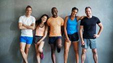Grup amb roba d'esport