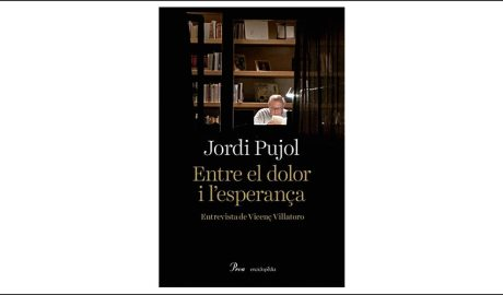 """Portada del llibre """"Entre el dolor i l'esperança"""""""