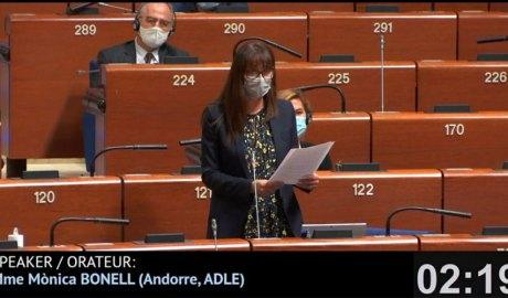 Mònica Bonell intervenint a l'Assemblea Parlamentària del Consell d'Europa
