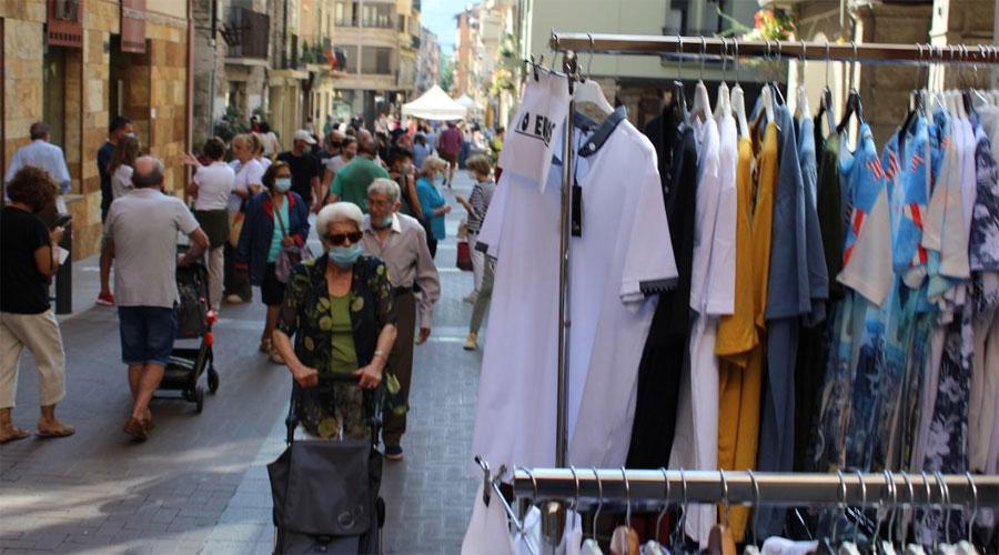 Una jornada de 'Botigues al Carrer' de la Seu d'Urgell