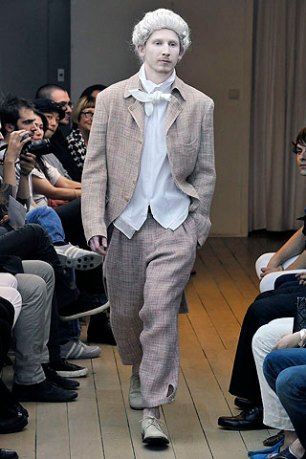 Yohji Yamamoto (33)