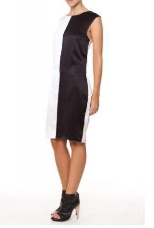 Vestido bicolor; R$690, na Daslu