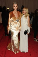 Britt Maren, in Winter Kate with House of Harlow 1960 jewels and a Kilian by Kilian Hennessy clutch, with Nicole Richie.