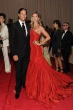 Tom Brady with Gisele Bündchen, in Alexander McQueen, with Van Cleef & Arpels jewels.