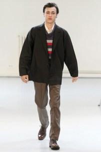 Issey Miyake (19)