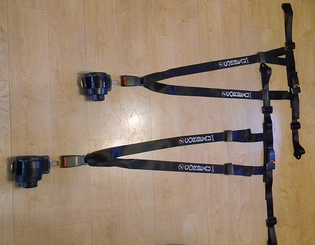 Fs Corbeau 3 Point Retractable Harnesses