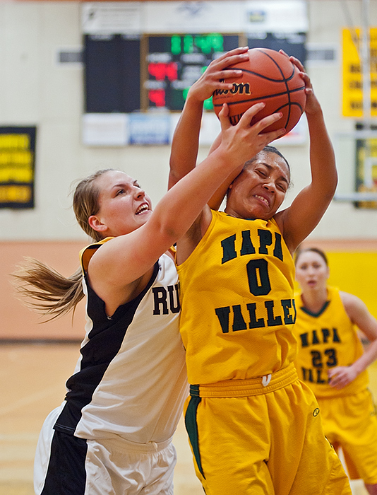 Womens College basketball: Home team romp
