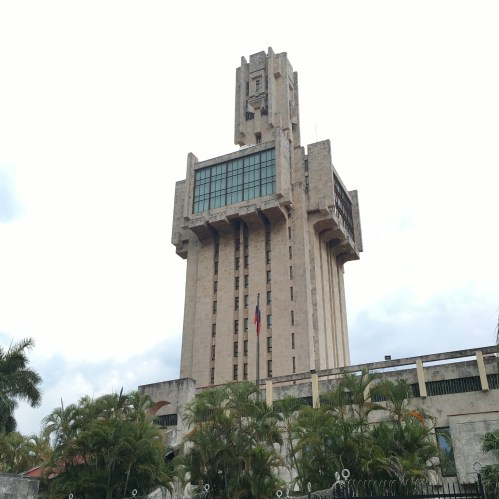 The Russian embassy in Havana is exemplary of the conservative and functional forms which supplanted the decorative. With the revolution came the introduction of soviet style socialist modern architecture.