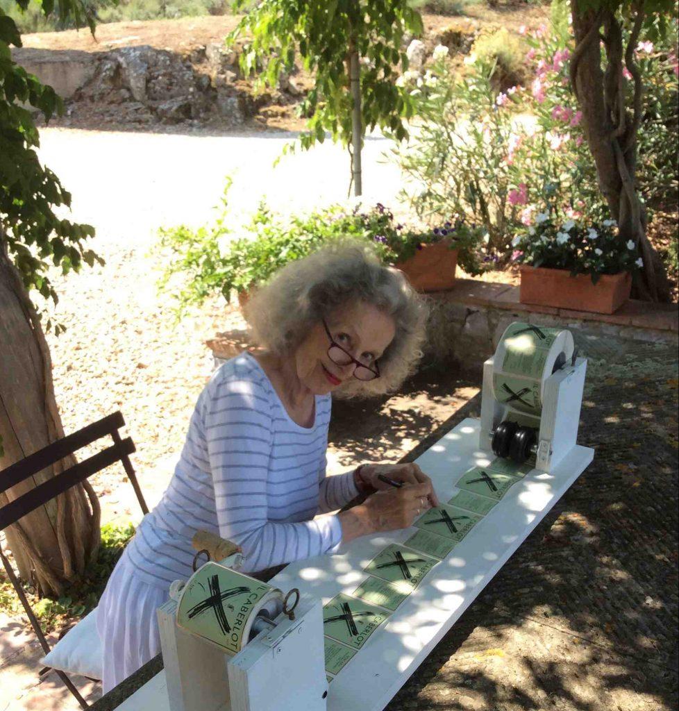 Bettina Signing Labels