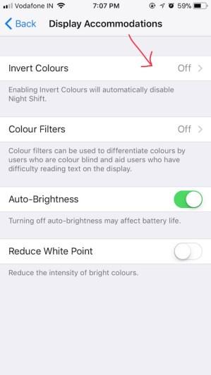 """Cara Mengaktifkan """"Dark Mode"""" iOS 11 di iPhone dan iPad?"""