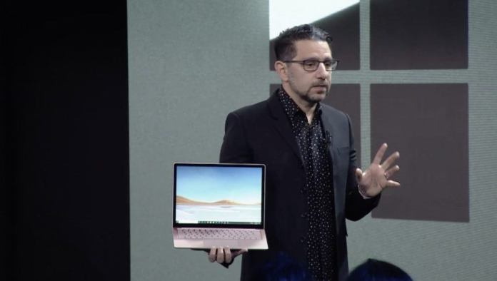 laptop permukaan 3