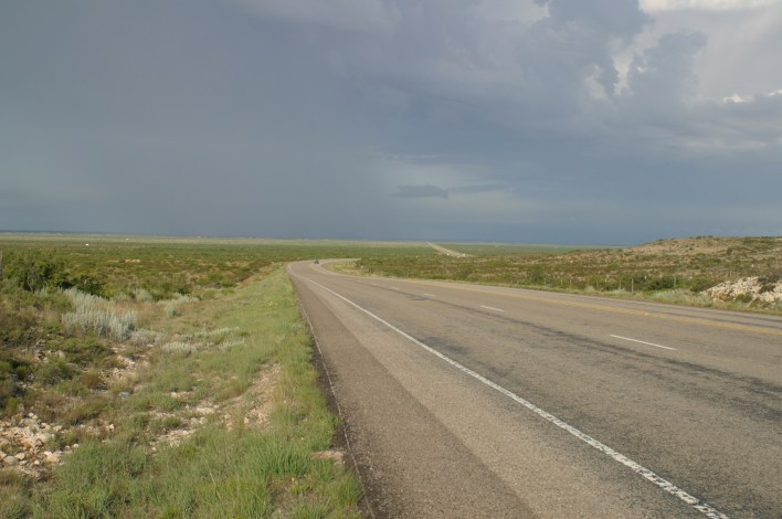 West_Texas_Hwy_302_west_of_NoTrees
