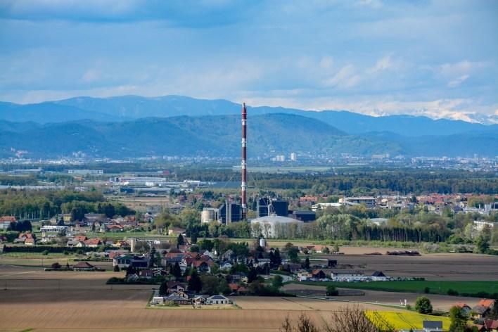 power-plant-2660100_1280.jpg