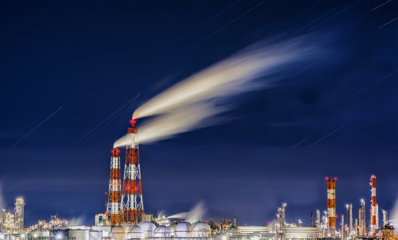 Photo of The New Economics of Oil: How Peak Consumption May Arrive Sooner Rather Than Later