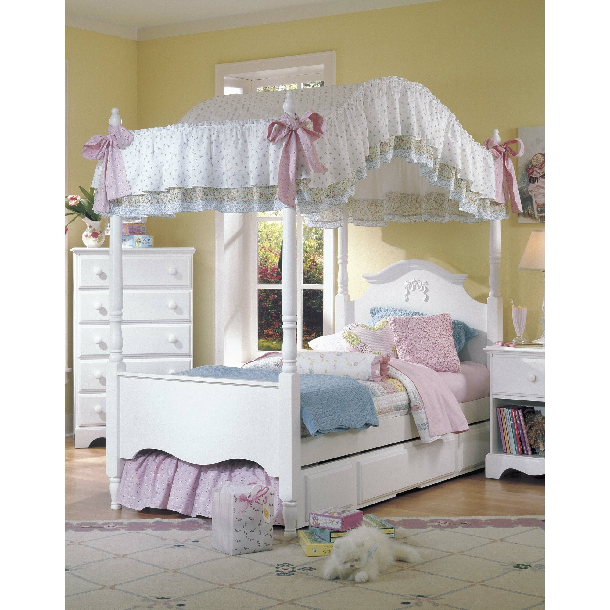 little girl canopy bedroom sets