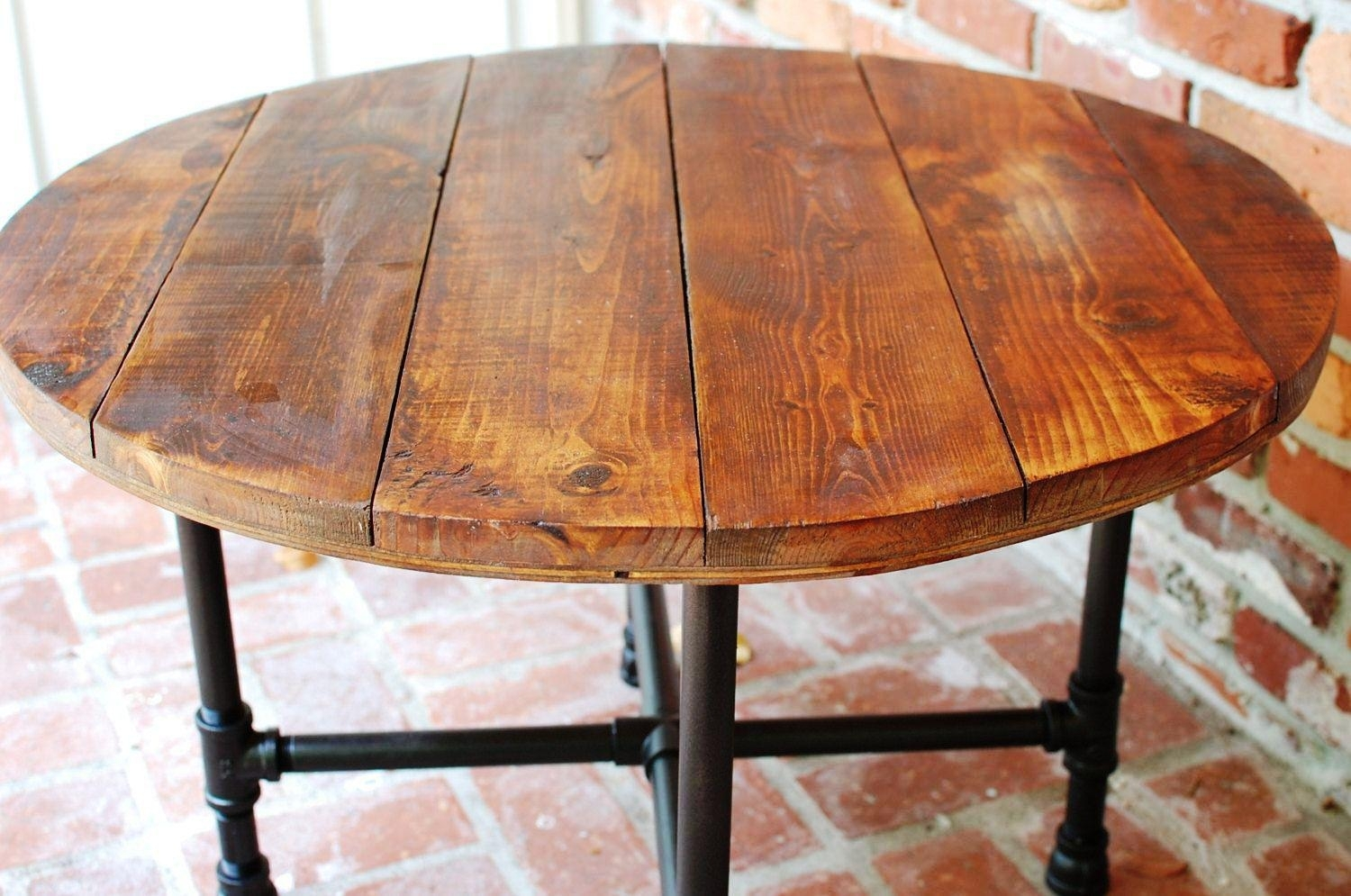 round industrial coffee table ideas