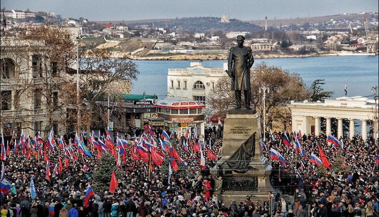 A Krím-félsziget nem kér az új ukrán hatalomból
