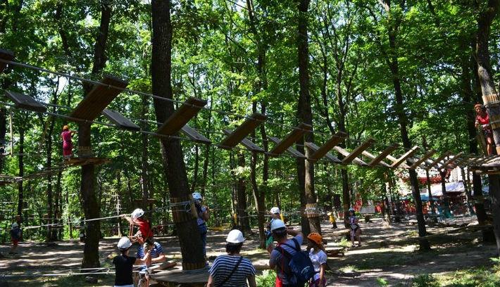Adrenalintúltengés a kolozsvári kalandparkban (FOTÓK)