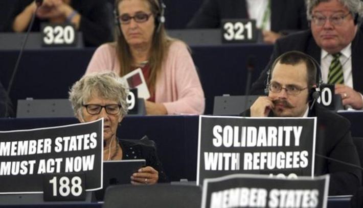 Az EP megszavazta a 120 ezer menekült elosztását