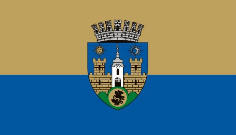 Régi-új zászlaja van Sepsiszentgyörgynek