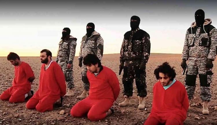 Újabb brutális, csoportos kivégzést hajtott végre az IÁ
