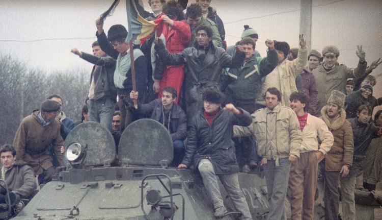 Mégis újranyitnák az 1989-es forradalom dossziéját